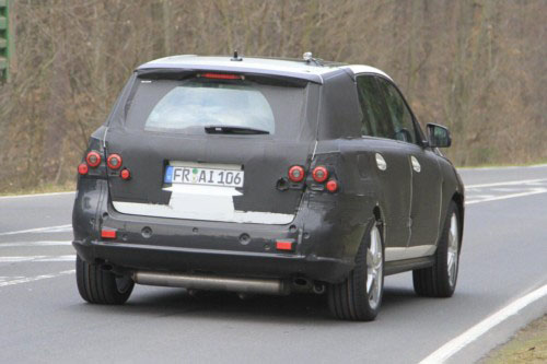 2012 Mercedes ML AMG first spy photo