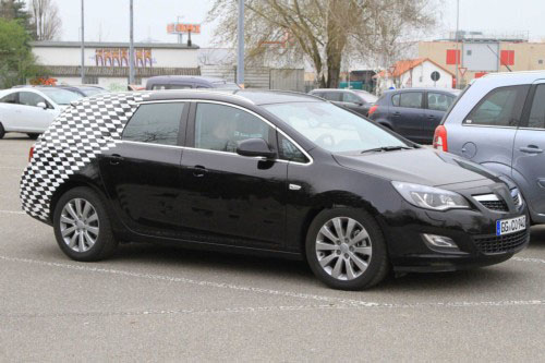 2011 Opel Astra Sports