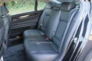 BMW 750Li задние седения