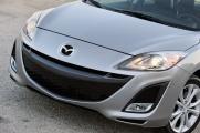 Mazda 3 2010 капот