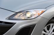 Mazda 3 2010 фара