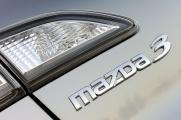 Mazda 3 2010 шилдик