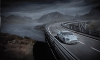 Aston Martin DBS V12 люди