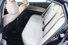 Mazda6_2009_backseats