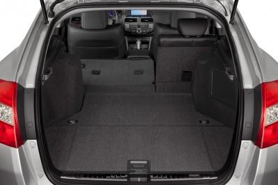 Honda Accord Crosstour trunk