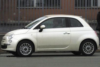 Fiat 500 сбоку