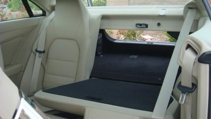 Mercedes E-Class Coupe задние сидения