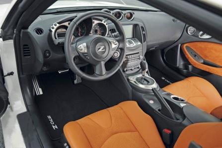 Niassan 370Z interior