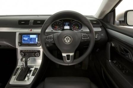 2009 Volkswagen Passat приборная панель