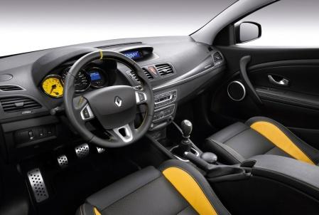 2010 Renault Megane RS салон