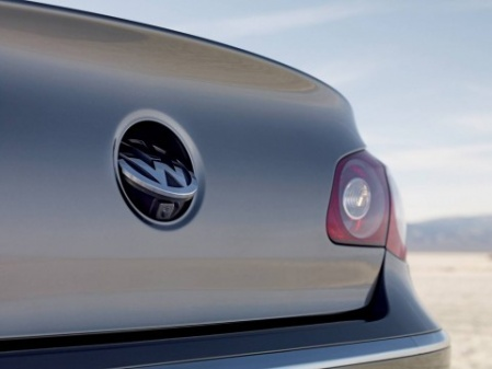 2009 Volkswagen Passat шилдик