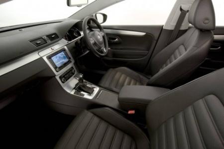 2009 Volkswagen Passat салон