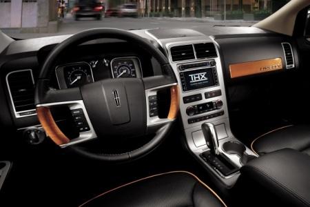 Lincoln MKX interior