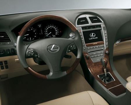 Lexus ES 2010 interior