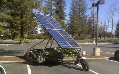 Необычный автомобиль на солнечных батареях