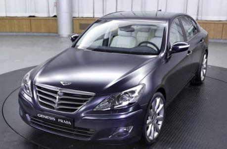 Hyundai genesis sedan prada