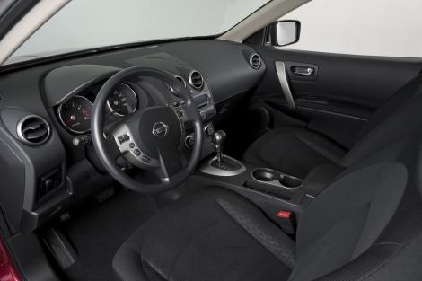 2010 Nissan Rogue Krom Edition салон