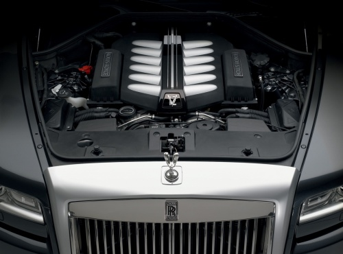 Rolls Royce Ghost 2010 engine