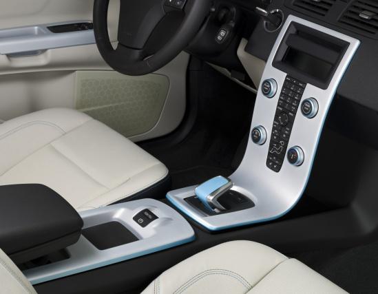 Электромобиль Volvo C30 - интерьер