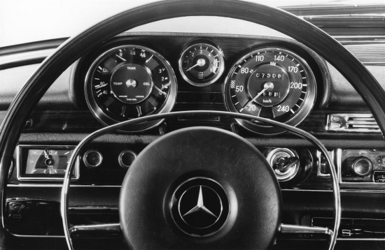 Mercedes Benz 300SL 6.3 interior