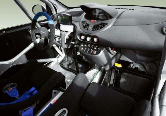 Renault Twingo R2 салон