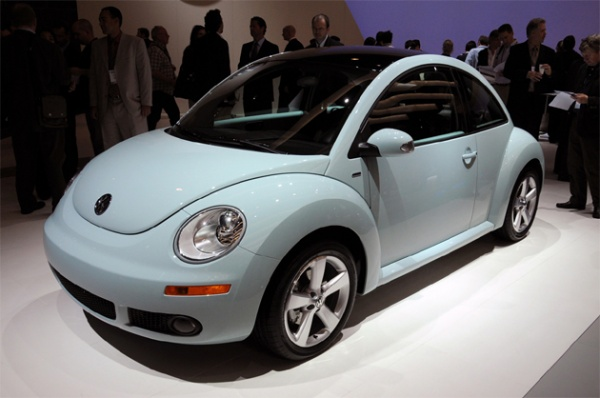 VW New Beetle bigger