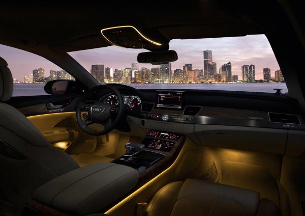 2011 Audi A8 салон