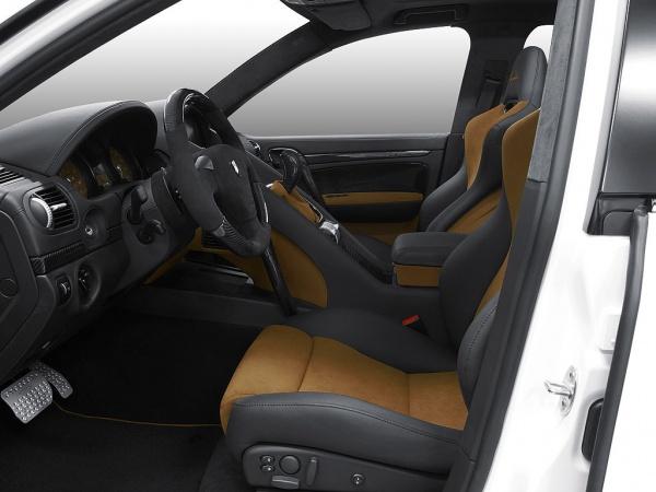 Gemballa Tornado 750 GTS Porsche Cayenne салон