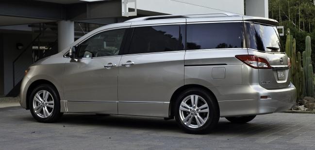 L.A. Auto Show - 2010: Nissan Quest