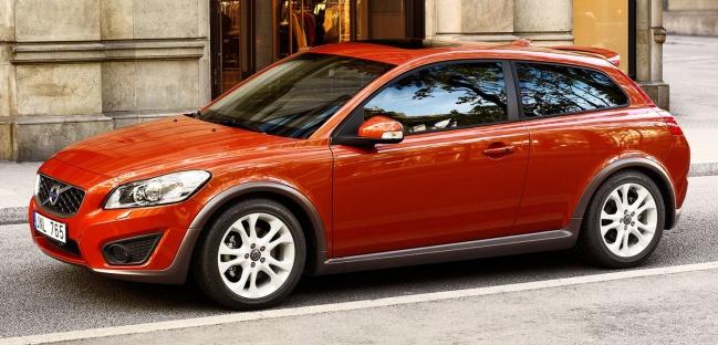 Опубликован прайс-лист на универсал Volvo V60 в России