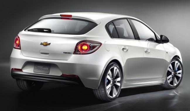 Российские продажи Chevrolet Cruze Hatchback стартуют в следующем году