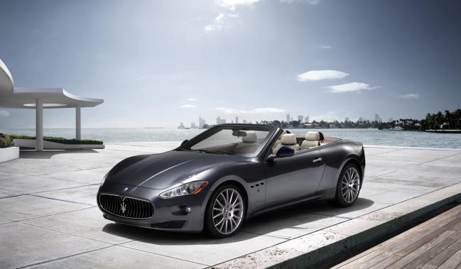 Maserati Granturismo convertible 2010
