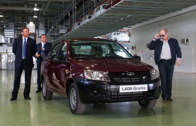 Путин порекомендовал дачникам покупать Lada Granta