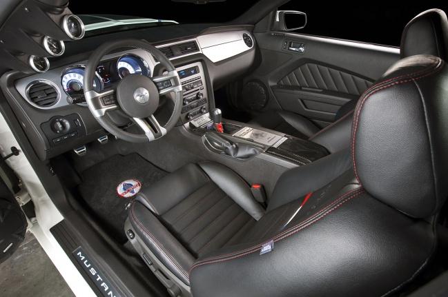 Интерьер GT350 от Shelby