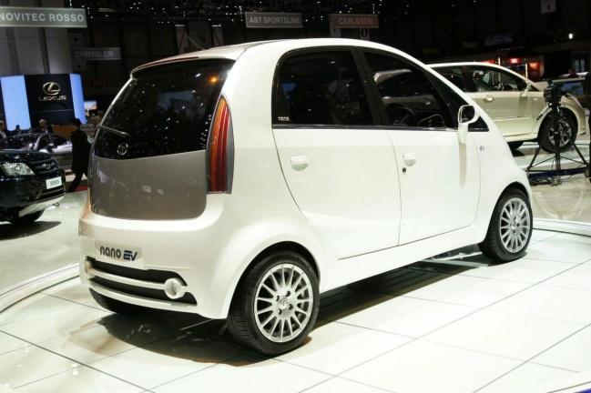 Tata представила в Женеве электрический Nano