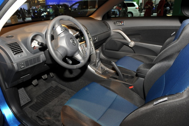Scion tC Release Series 6.0 2011 interior