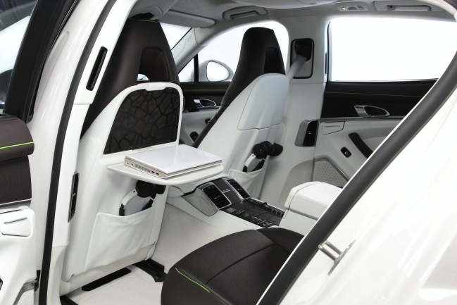 TechArt Concept One interior