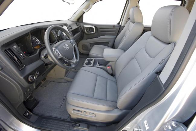 Honda Ridgeline 2010 interior