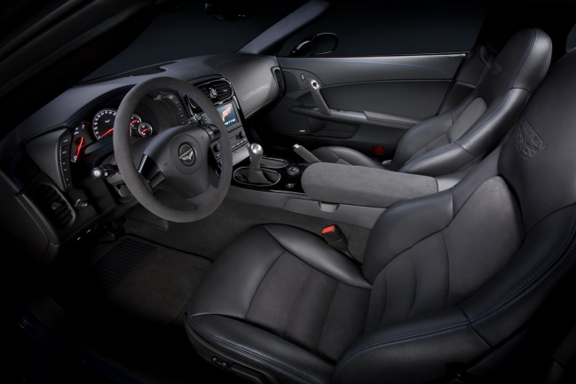 Corvette Z06 Carbon Limited Edition 2011 interior