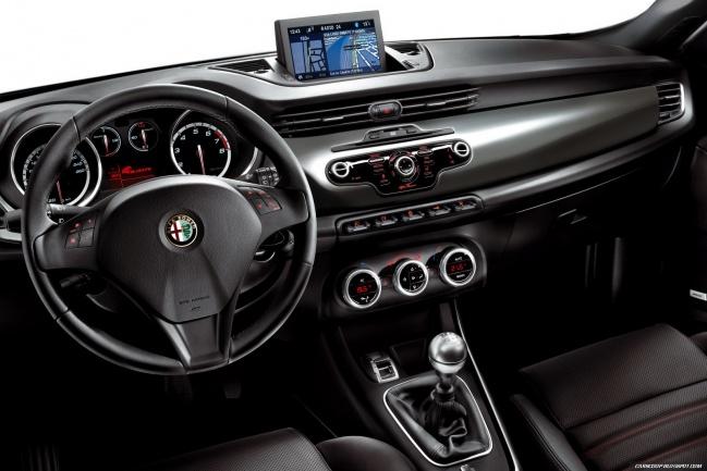 Alfa-Romeo Giulietta салон