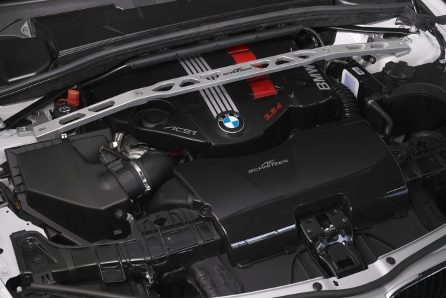 BMW X1 AC Schnitzer engine