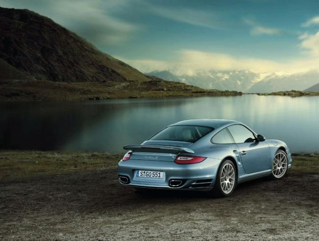 Porsche 911 Turbo S 2011