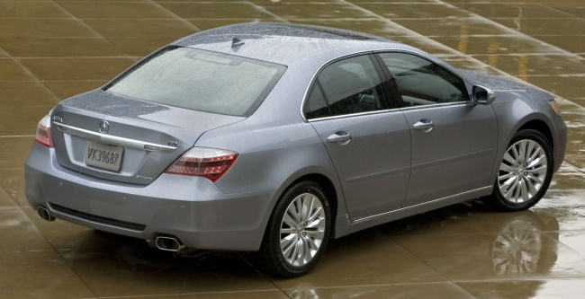 Рестайлинговый седан Acura RL представили в США