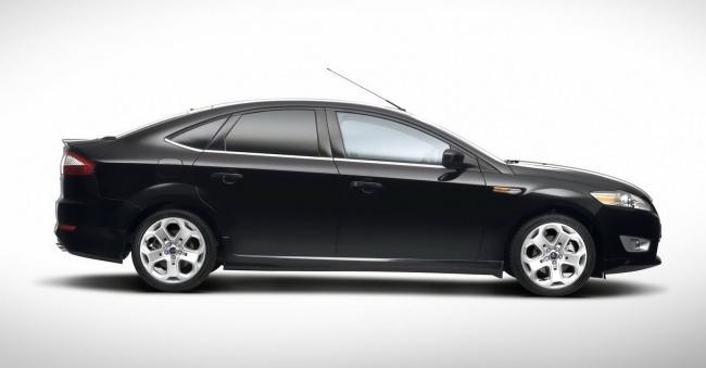 В России стартовали продажи спорт-версии Ford Mondeo