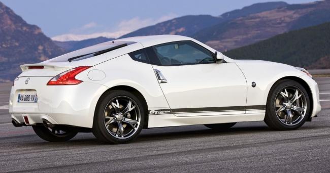 Выпущена спецверсия Nissan 370Z GT Edition