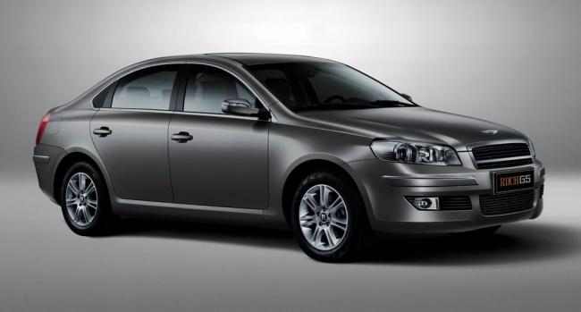 Новый китайский седан бизнес-класса Riich G5 покажут в Москве