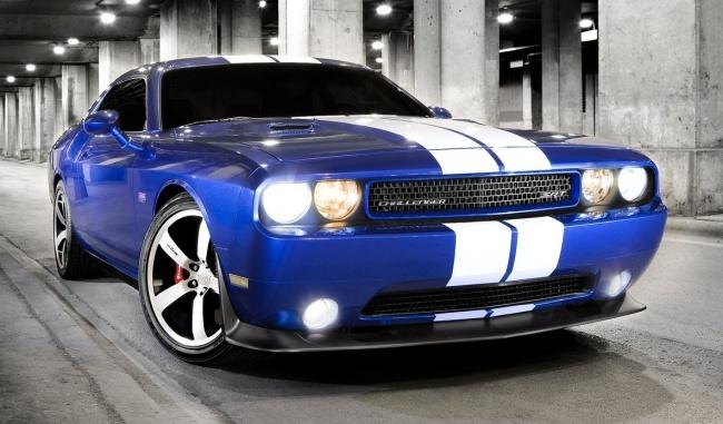 В США прошла премьера нового Dodge Challenger SRT-8 392