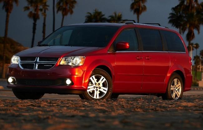 Chrysler представил обновленный Dodge Grand Caravan