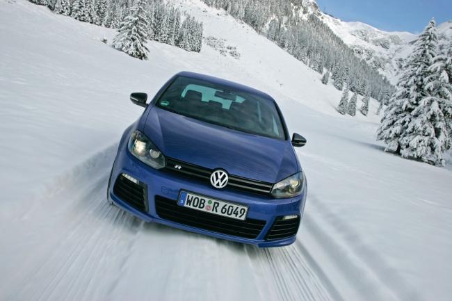 Volkswagen Golf R 2011