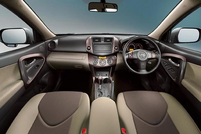 Приборная панель Toyota Vanguard 2011